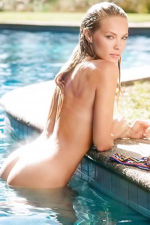 Kristy Goretskaya  nackt